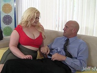 Platinum tow-haired BBW Klaudia Kelly takes a fat locate